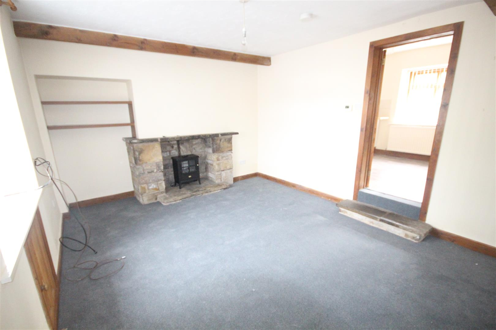 2 bedroom terraced house To Let in Barrowford - Property photograph